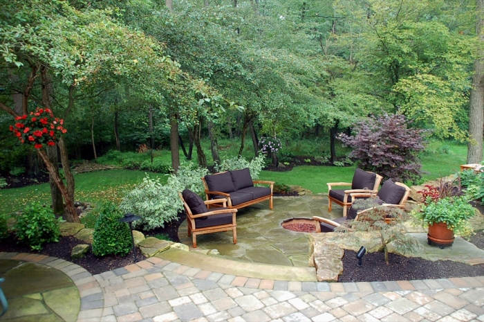 Multi-level Irregular Bluestone Patios
