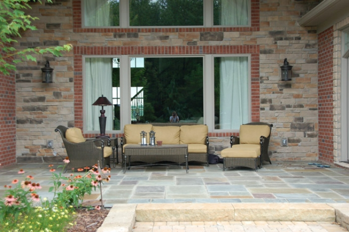 Bluestone Covered Porch with Sandstone Step