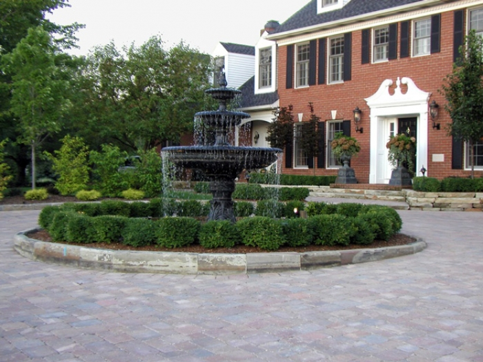 Front Entry Waterfeature & Circular Paver Driveway