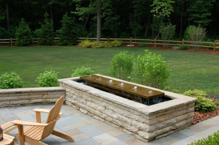 Contemporary Waterfeature