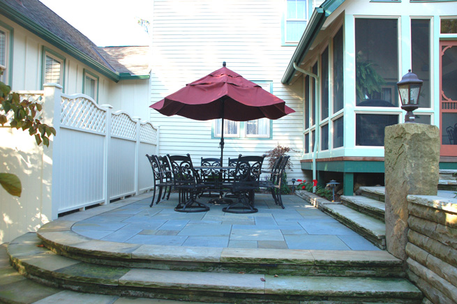 Bluestone Cut to Pattern Dining Patio