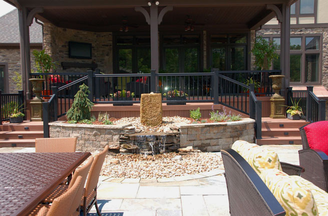 Cascading Barnstone Waterfeature